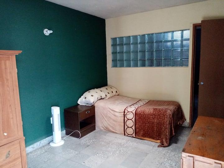 Diego & Leo´s Student House