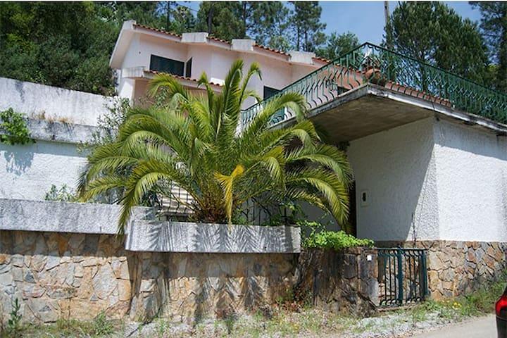 Casa do Lago - Ferreira do Zêzere - 度假屋