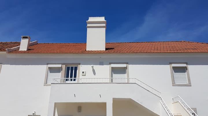 Mucifal Villa D - location central