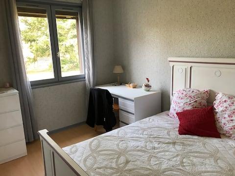 Chambre à Puy-Guillaume