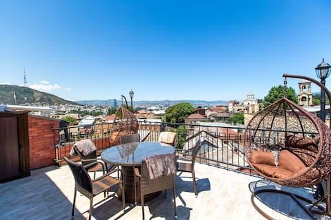 ❁3BR apt w/ huge terrace & magnificent views❁