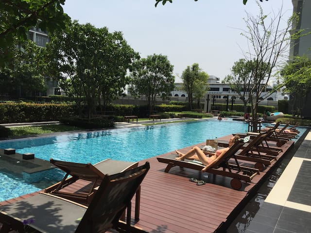 """HOT PRICE""1min to Sukhumvit BTS On-Nut/1BR(3P)931 - Bangkok"