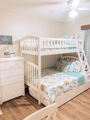 2nd Bedroom bunk bed with trundle