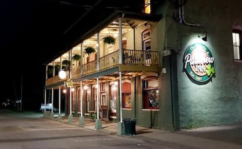 1867 Parkview Inn and Dugan House Restaurant