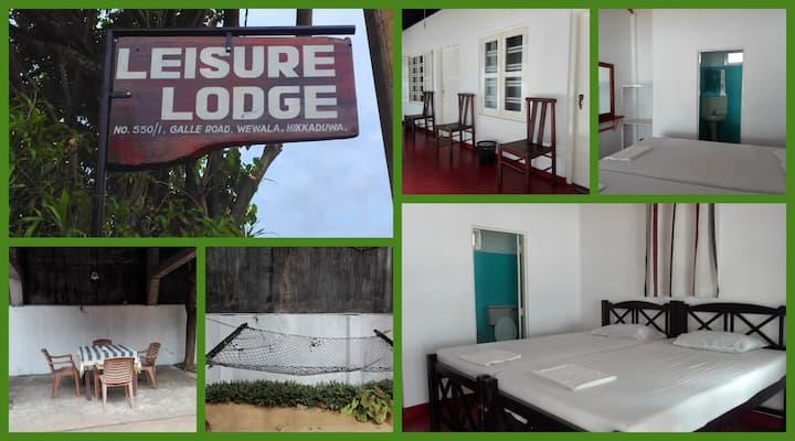 Leisure Lodge