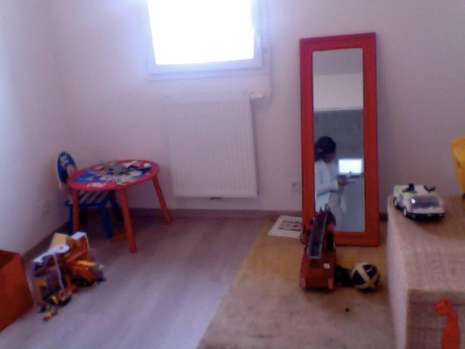 une chambre de jeux  et enfant