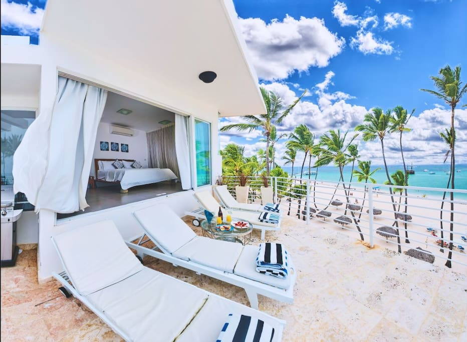 Take a look at this beauty! It's real and it's even better than in the photos. This unique place is the only one at this height and with such a view. Book it now, that's the most popular place in Punta Cana.