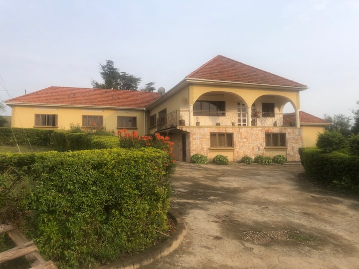 Villa Kwesiga Farm House
