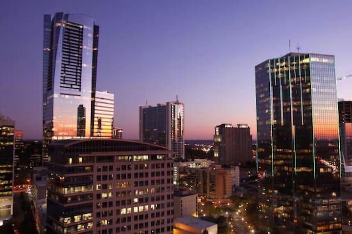 Premier Buckhead Highrise/w balcony - Atlanta - Pis