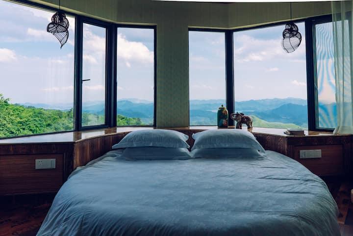 湖州德清莫干山风景区大坑景区白云深处·从前慢-180°山景圆床房