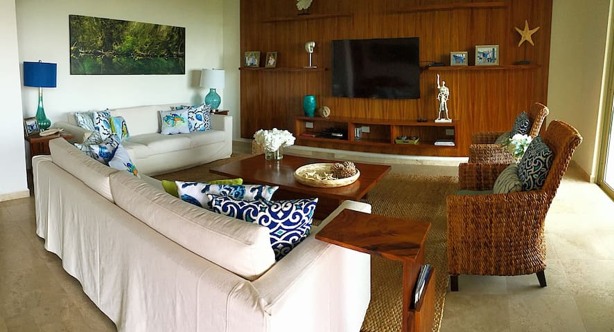 Playa Royal The Best Condo at Best Price