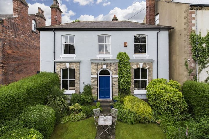 Entire Edwardian 4bdr house - West Yorkshire - 단독주택