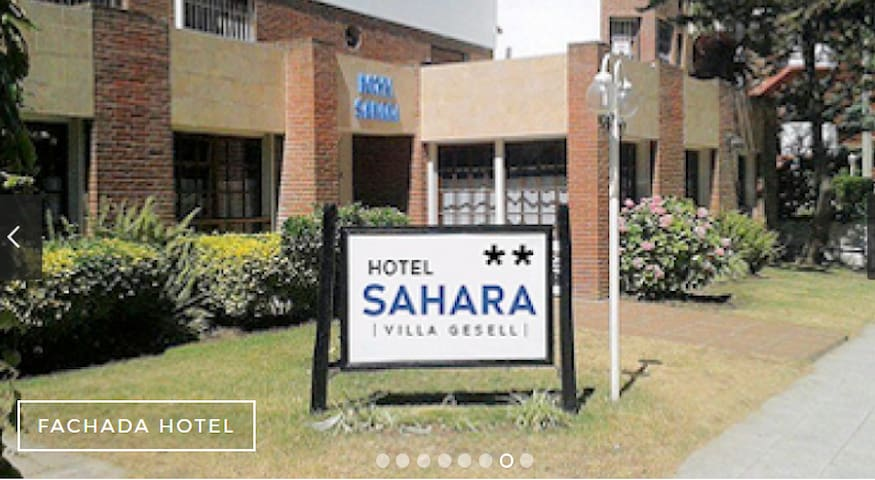 Hotel Sahara (hab pequeña p/ 5 jov. cuchetas)