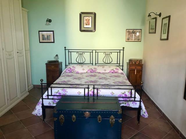 Romantica casa in collina, 3km dal mare, primi 900