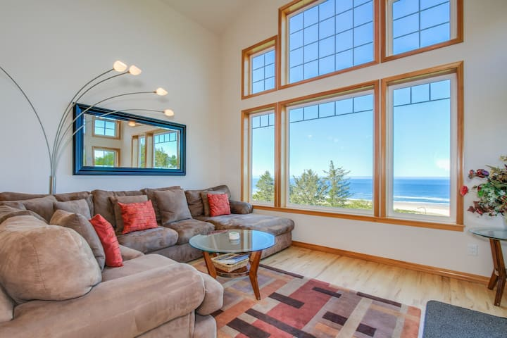 Lovely oceanfront home w/ a private hot tub, foosball & easy beach access!
