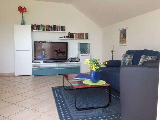 Ferienwohnung fischer in wasserburg bodensee apartments for Bodensee apartment