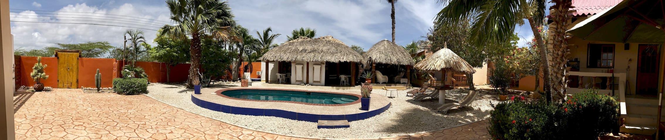 Villa Punta Salina: Arubian House 2
