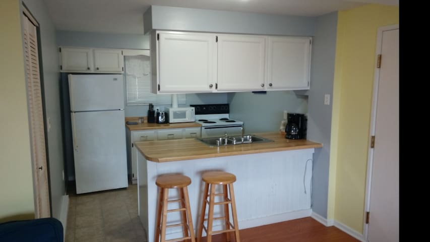 102 Applewood Suite with full kitchen.