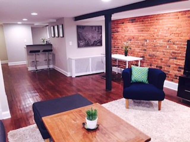Modern one bedroom apartment - Washington - Huoneisto
