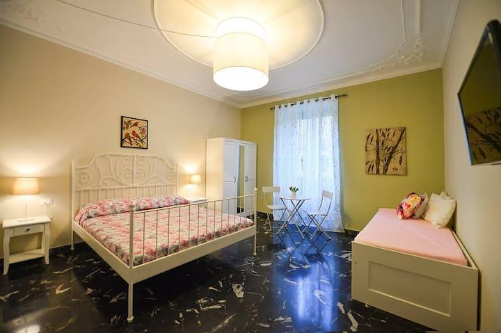 Elegante Appartamento Genova Foce.