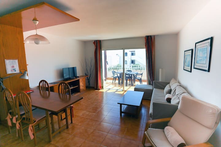 T318. Apartment in Costa Teguise.