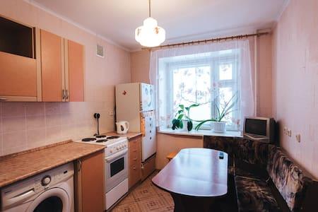 Aпартаменты 2-К на Ленинградской, 115 - Vologda - Daire