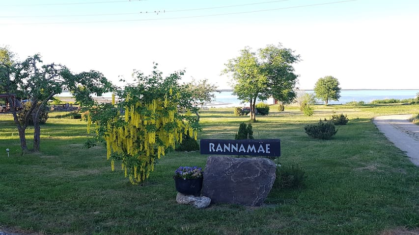 Cozy Seaside Rannamäe Apartments: Rowan