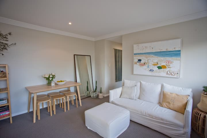 Narrabeen beach stay