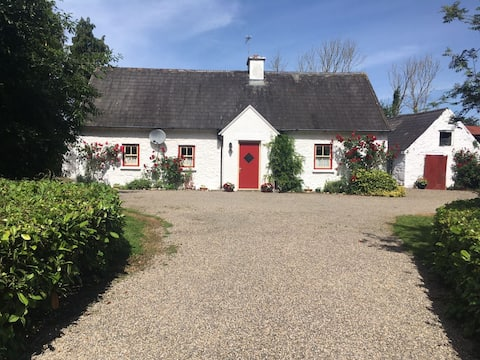 O'Neill's Self Catering Cottage- close to Cashel
