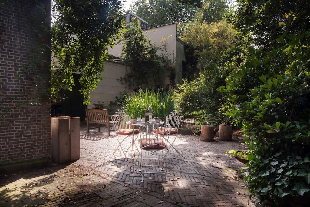 shared garden ground floor