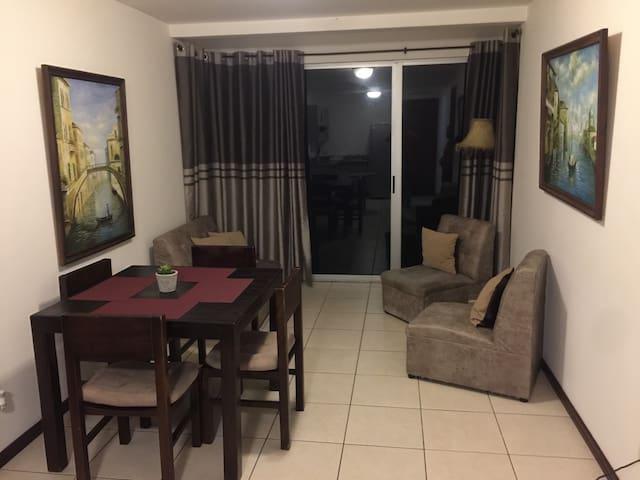 Moderno apartamento en Condominio Solaris