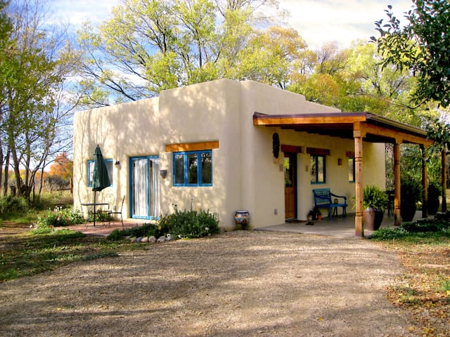 Casa Maravilla-  Gorgeous, New & 5 min to Plaza