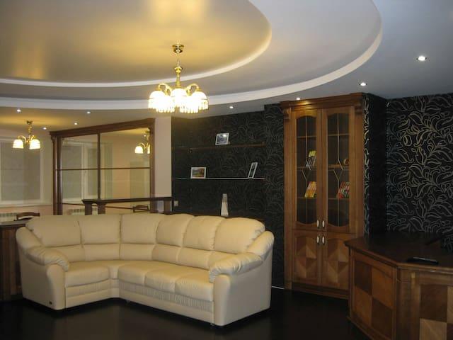 Элитная квартира с евроремонтом - Berdsk - Apartemen