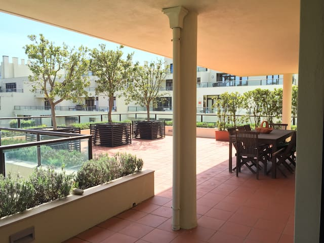 Beautiful 5 Bedroom Flat - POOL & TERRACE - Esmoriz - Apartment