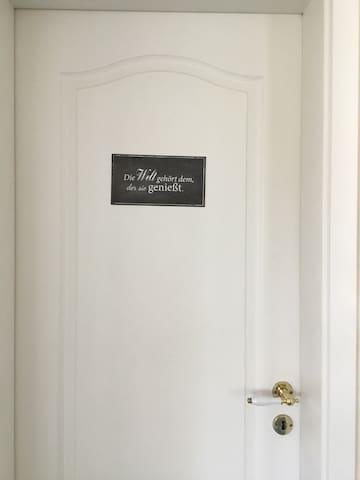 Kuschelige Zimmer im modernen Landhausstil