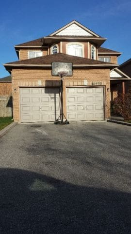 Private room in a beautiful house - Mississauga - Talo