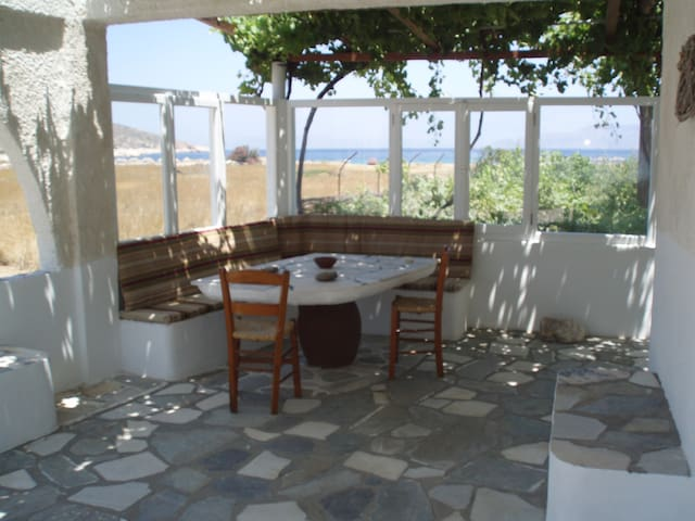 Traditional House by the Beach - Agia Theodoti - Casa