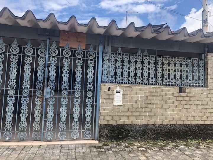 Casa em Agenor de Campos