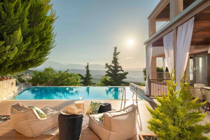 Youktas Villa with private pool