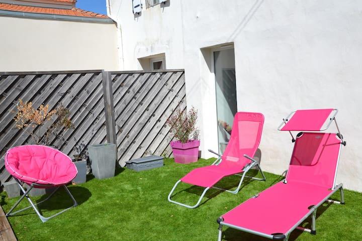 Maison t3 sympa avec petit jardin maisons louer la for Petit jardin sympa