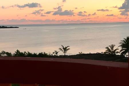 TheAlexander  Penthouse  Scenic Sea &Sunrise Views