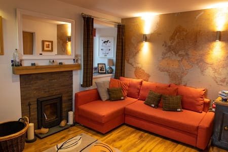 """The Snug"" at Otters Lodge"