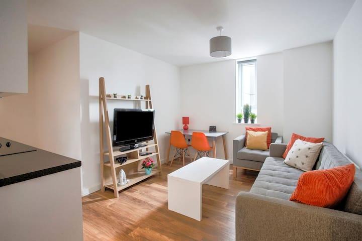 Grazioso appartamento a Manchester vicino alla fermata del tram Trafford Bar