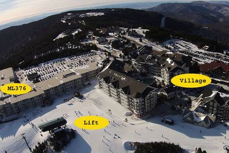Ski/Bike In-Out 1BR 1BA Free Wi-Fi & Parking ML376 - Snowshoe