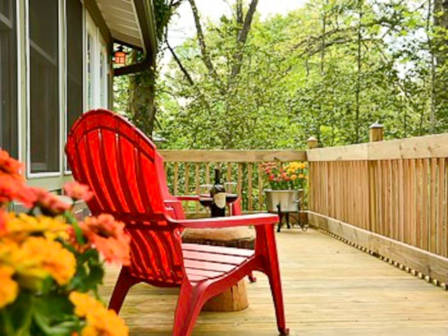 Open grilling deck