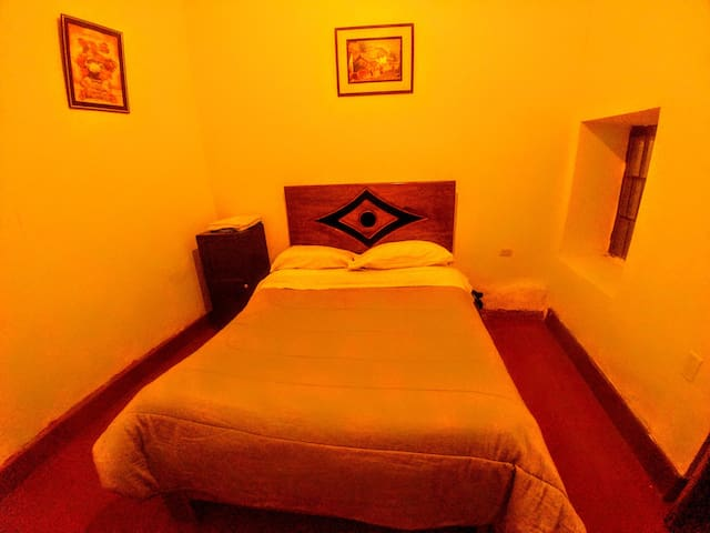 SanCris155 double room couple & single
