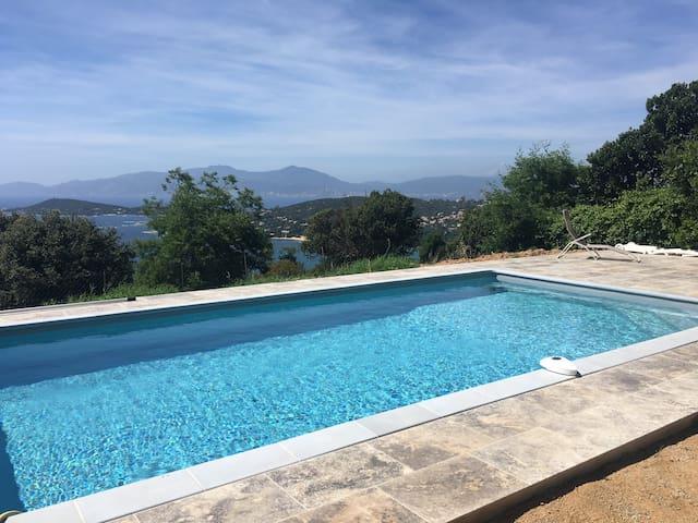 Maison avec vue sur le golfe d'Ajaccio et piscine