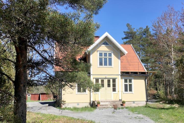 Large house in Stockholm archipelago