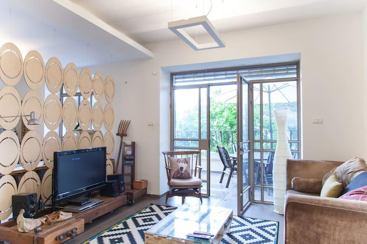 Best Location Loft Style Apartment