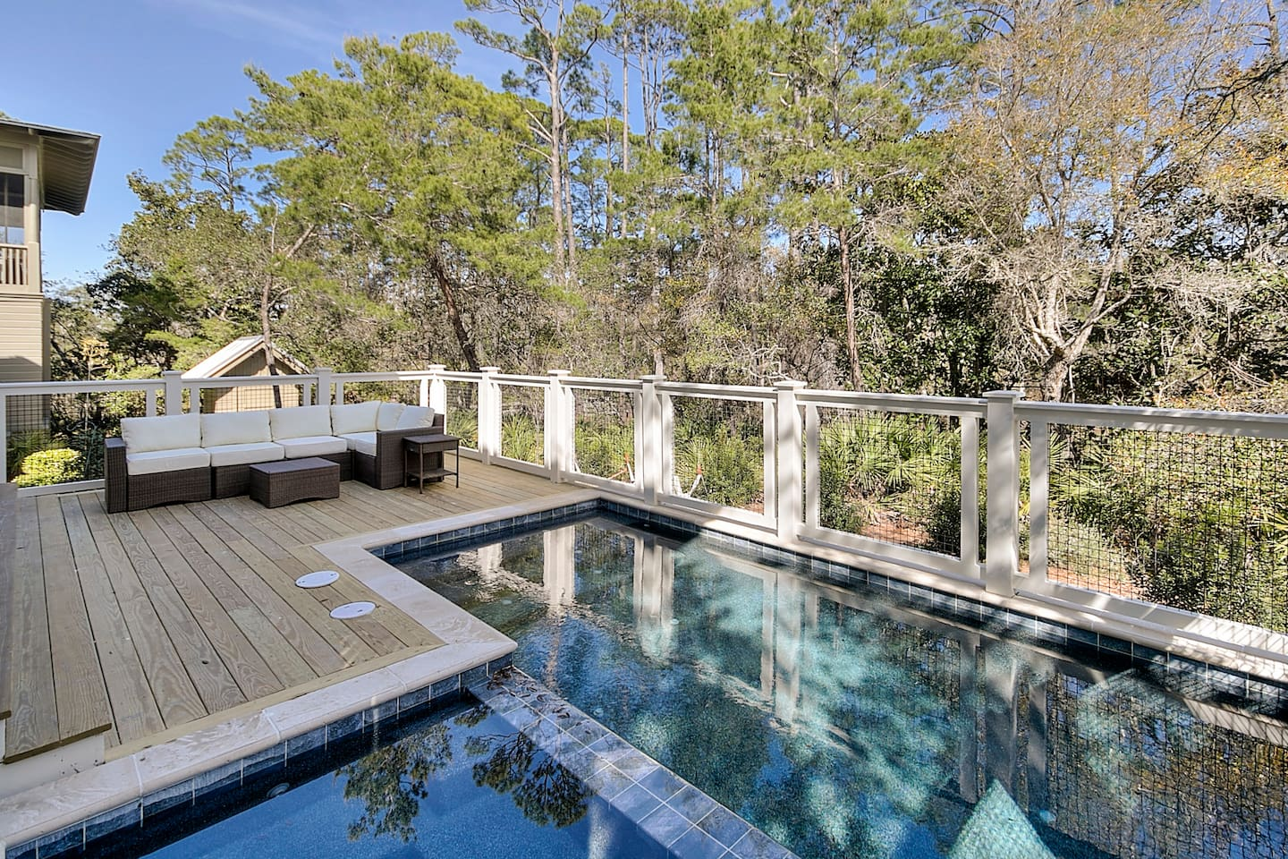 Private pool and spa - new for 2018!